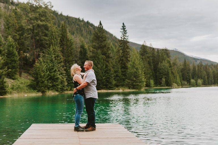 Brandi-Colin-Adventure-Session-Jasper-National-Park-Valley-Five-Lakes-Emilie-Smith-Photography